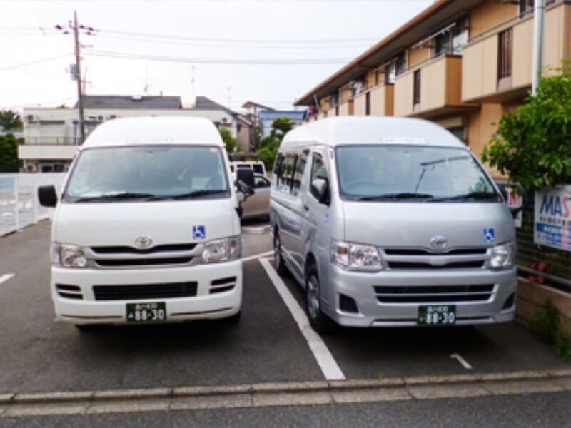 介護車両2台