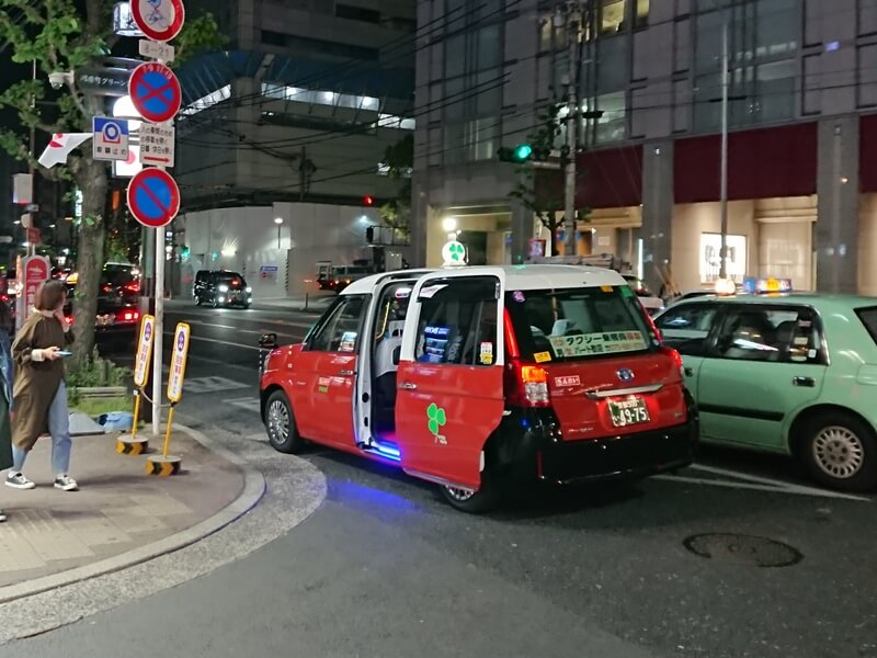 夜の京都・ヤサカ自動車