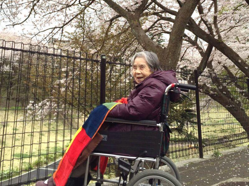 桜とおばあちゃん