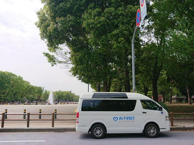 観光タクシーとして上野公園へ