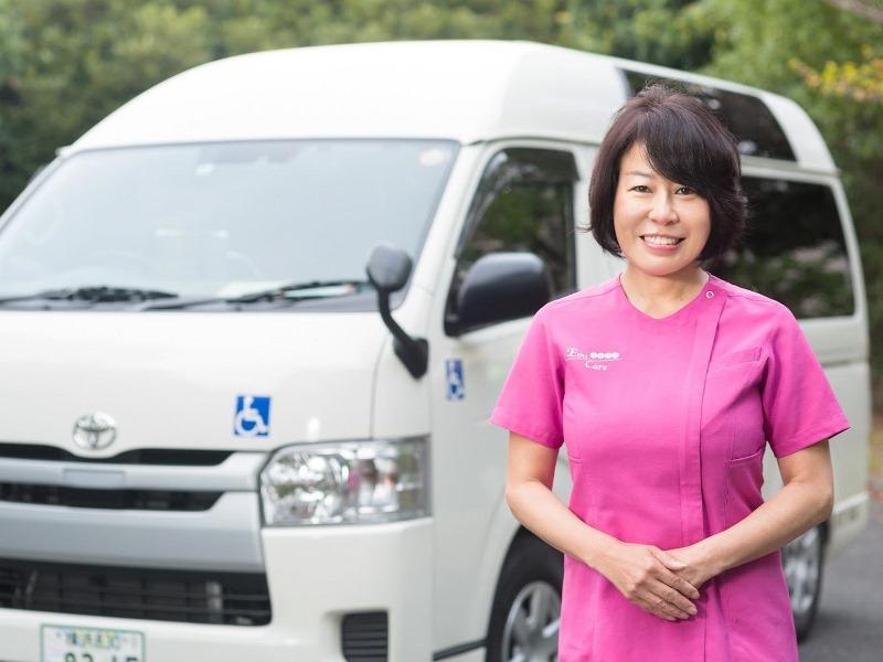 介護タクシーエミケアの中村さん