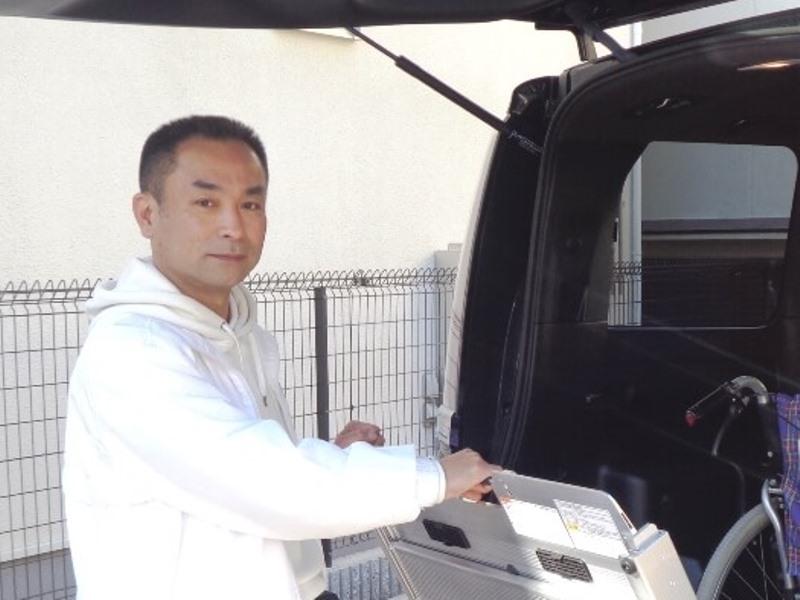 アスモ介護タクシー茨木のドライバー山崎さん