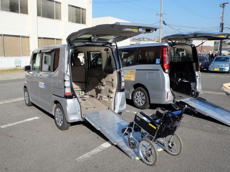 常滑市介護タクシーうるとら介護福祉Wサポートの介護車両